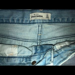abercrombie kids Bottoms - Distressed shorts
